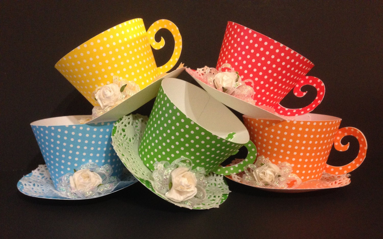 Cupcake holder tea cups party favors for Teacup party favors