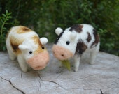 Needle Felted little cows - by Harthicune