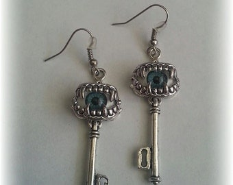 Zombie eyes key earrings