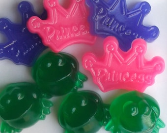 10 Frog Soap {Favors} - Princess Frog Party, Fairy Princess, Birthday Party Favors, Crown Soap