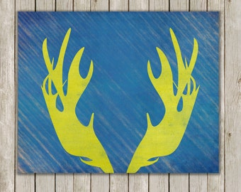 8x10 Moose Antler, Moose Head Antlers, Moose Horn, Grunge Antler Wall Art, Home Decor, Antler Wall Art, Antler Wall Print, Instant Download