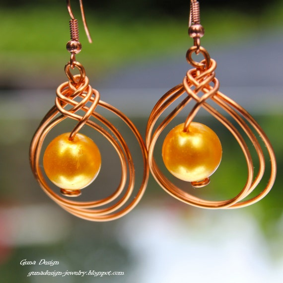 Dangle earrings from wire in Celtic knot design with beads by gunadesign, 3-in-1 earring designs TUTORIAL