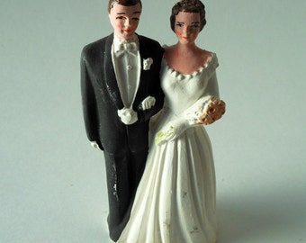 Small Pfeil & Holding, Inc. Caucasian Brunette Bride and Groom in Black Tuxedo Chalkware Vintage Cake Topper
