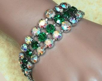 Vintage Bracelet - Vintage Green and White Costume Jewelry Bracelet