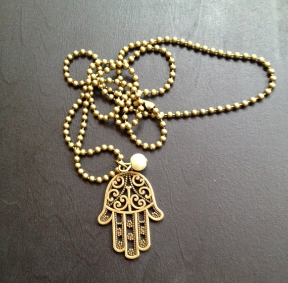 hand of god necklace with pearl