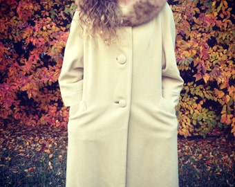 Vintage Best's Apparel Wool Coat with Fur Collar