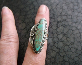 Vintage Genuine Navajo Turquoise Solid Silver Ring