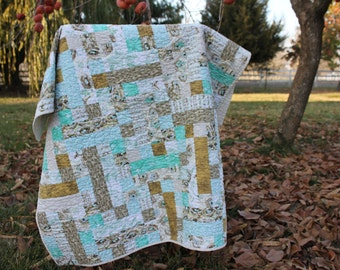Sweet Birds and Nests Crib or Lap Size Quilt