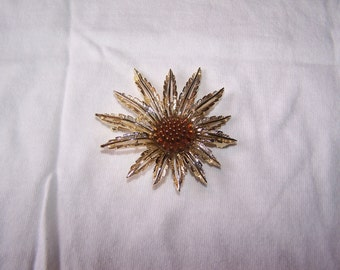 Vintage Sarah Coventry gold metal and plastic Stylized Sunflower Brooch/Pin