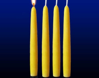 Set of 4 candles moulded candles beeswax. Duration 8 h