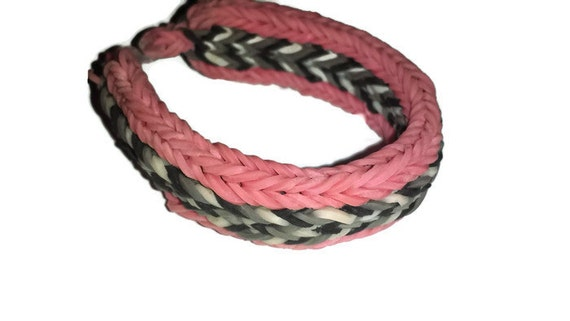 Rainbow Loom Pink Black White and Gray 5V/ Flat Fishtail