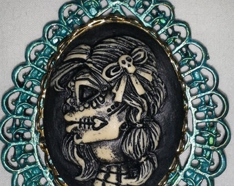 Day Of The Dead (Dia De Los Muertos) or Steampunk Woman Skull = N 135