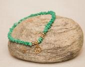 Peace sign stone stretch bracelet hippie Mint green opaque green stone chips peace sign peace charm bracelet