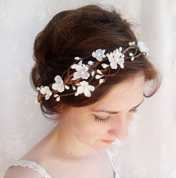 bridal headpiece, flower crown wedding, white floral headband, wedding headpiece, bridal hair piece flower, floral headband, with pearls