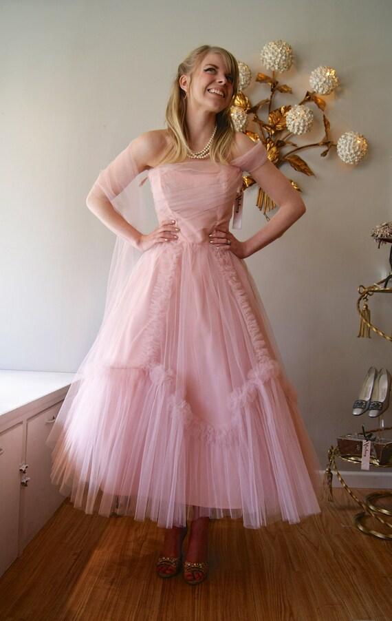 RESERVED//Vintage Prom...