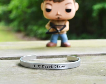 I Heart Daryl Dixon Bracelet - Halloween - The Walking Dead  - TV - Pop Culture - zombies - Looks Like Silver - Text