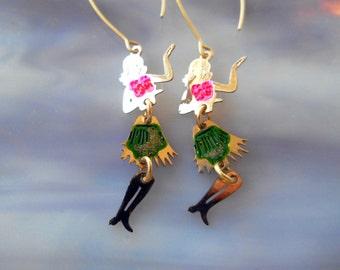 Hula Girl Earrings, Dancing Hula Girl Earrings, Hawaiian Earrings