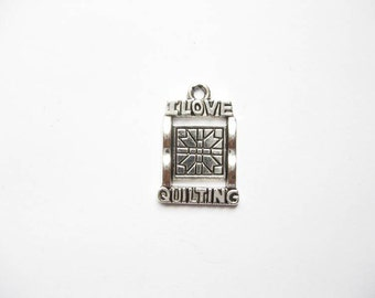 6 I Love Quilting Charms in Silver Tone - C1984