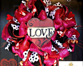 Red and Pink Love Valentines Wreath