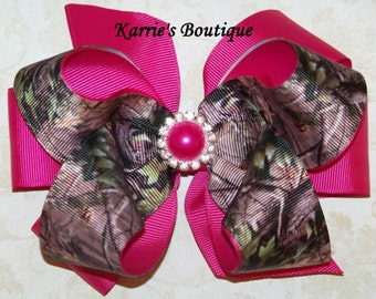 Camo Hair Bow or Headband / Mossy Oak & Hot Pink / Flower Girl / Pageant / Photo Prop / Infant / Baby / Girl / Toddler / Custom Boutique