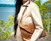 Tan leather shoulder purse