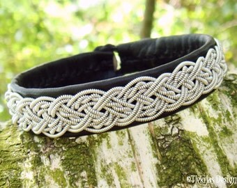 YGGDRASIL Sami Bracelet Swedish Lapland Jewelry Handmade Women Mens Bracelet in Black Reindeer Leather with Braided Pewter and Antler