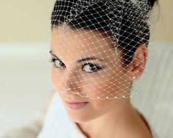 Russian net Birdcage with pearls // bridal veil, wedding veil, short veil