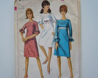 Vintage 1960's DRESS Sewing Pattern Simplicity 6441  size 14 Bust 34