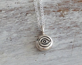 evil eye necklace, silver evil eye,sterling silver necklace,evil eye charm,eye necklace, protection jewelry,tiny necklace  10002