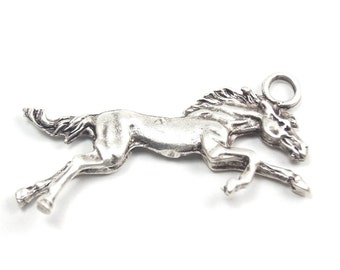 1pc - Matte Silver Plated Horse  Pendant-85x40mm (421-003SP)