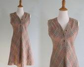 Vintage 1970s Dress - Cute Wool Plaid Three Button Jumper - 70s Tan Plaid Jumper S M