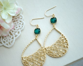 Large Gold Bohemian Earrings, Emerald Green Boho Jewelry, Large Teardrop, Everyday Bridesmaids Jewelry, Green Wedding Earring Leaf Jewelry,