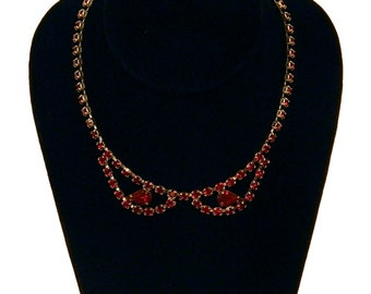 Vintage 1950s Red Rhinestone Necklace