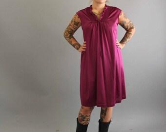 sale vintage nightgown . plum nightie . vintage purple nightie . vintage 70s lingerie . nylon nightgown . medium / large