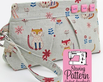 Pleated Wristlet PDF Sewing Pattern | Sew a zip top wristlet clutch handbag purse in 3 sizes.
