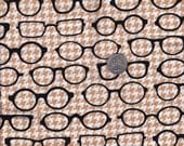 Fat quarter - Tan Glasses on Houndstooth - Fox and the Houndstooth by Andie Hanna for Robert Kaufman - cotton quilt fabric, glasses fabric