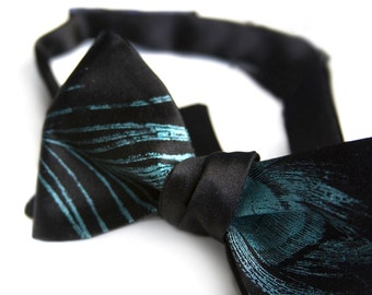 Peacock Feather Bow Tie. Peacock feather print self tie men's bowtie. Black necktie, teal print & more!