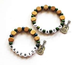 Guitar Charm bracelet. Party Favor for Boys. Charm bracelet with Wood beads and Personalized name. Party Favor or Music Party Musician Gift