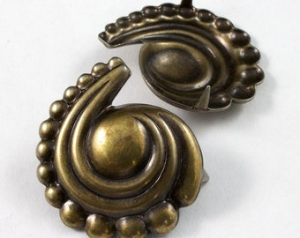 22mm Antique Brass Paisley Swirl Stud (12 Pcs) #2132