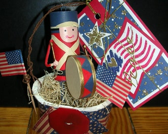Patriotic 4th July decoration Peat Pot in Red,White,and Blue, Americana