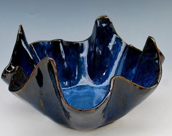 Blue Wavy Pointed Bowl Stoneware Clay Pottery