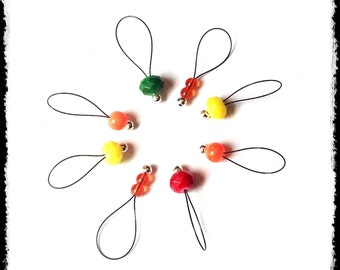 Snag Free Stitch Markers Large Set of 8-- Orange Red Yellow and Green Glass -- N80 -- For up to size US 17 (12.75mm) Knitting Needle