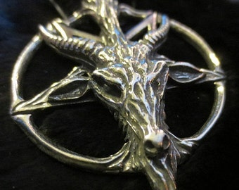 Goat Baphomet Devil Inverted Pentagram Pentacle Pendant