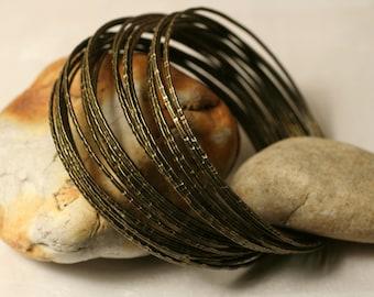 Stacking Bangle Bracelets, Antique Brass Bangles, Handmade Bangle, Hammered Bangle,  Stackable Bangle, 2 pcs (item ID ABBT65)