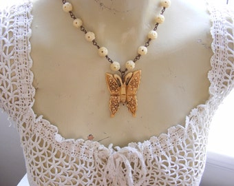 Butterfly Necklace Vintage Beads Romantic Womens Jewelry