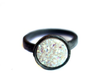 Scratch Band Drusy Solitaire- Oxidized Edition - White 10mm Stone