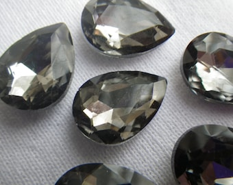 Black Diamond 18x13mm Pear Crystal Glass Pointed Back Gems 4 Pcs