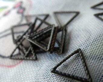 Textured Brass Triangles 8mm Brass Ox Finish 24 Pcs