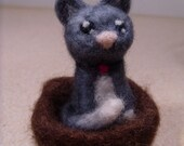 Felted Kitty in Basket Ring Box
