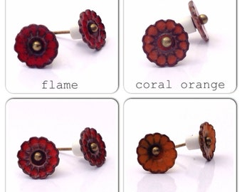 Tiny small 8mm artisan made torch fired glass enamel daisy flower earrings post stud style